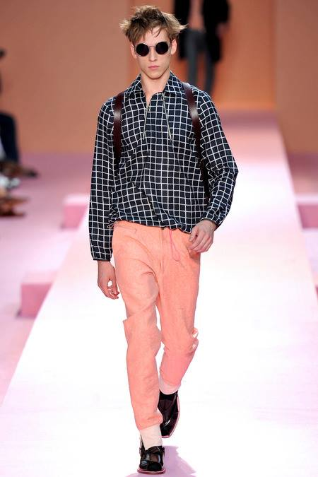 images/cast/10151449191932035=Spring 2014 man collection COLOUR'S COMPANY fabrics x=p.smith